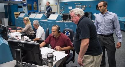 Z-2 Space Suit CO2 Washout Manned Ambient Evaluation   Photographer: James Blair